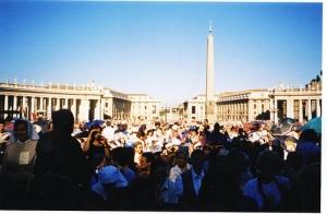 folla al Vaticano